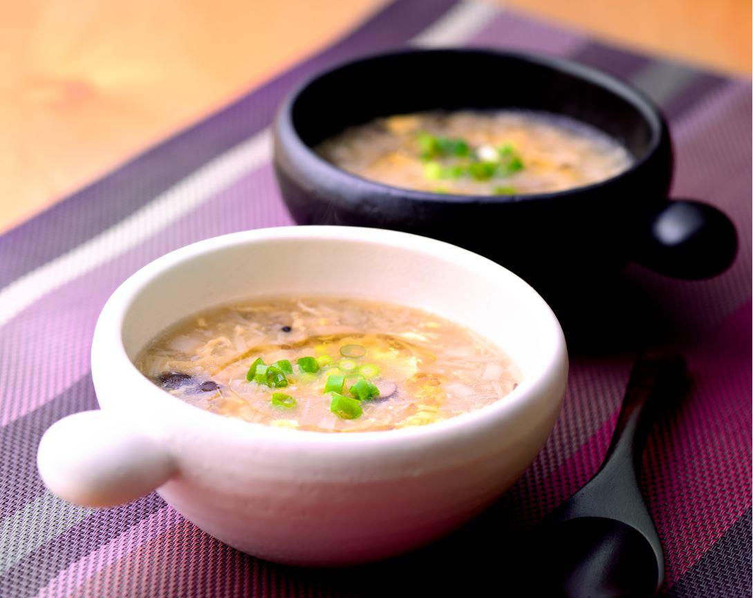 三種のキノコたっぷりのごま油かき玉スープ