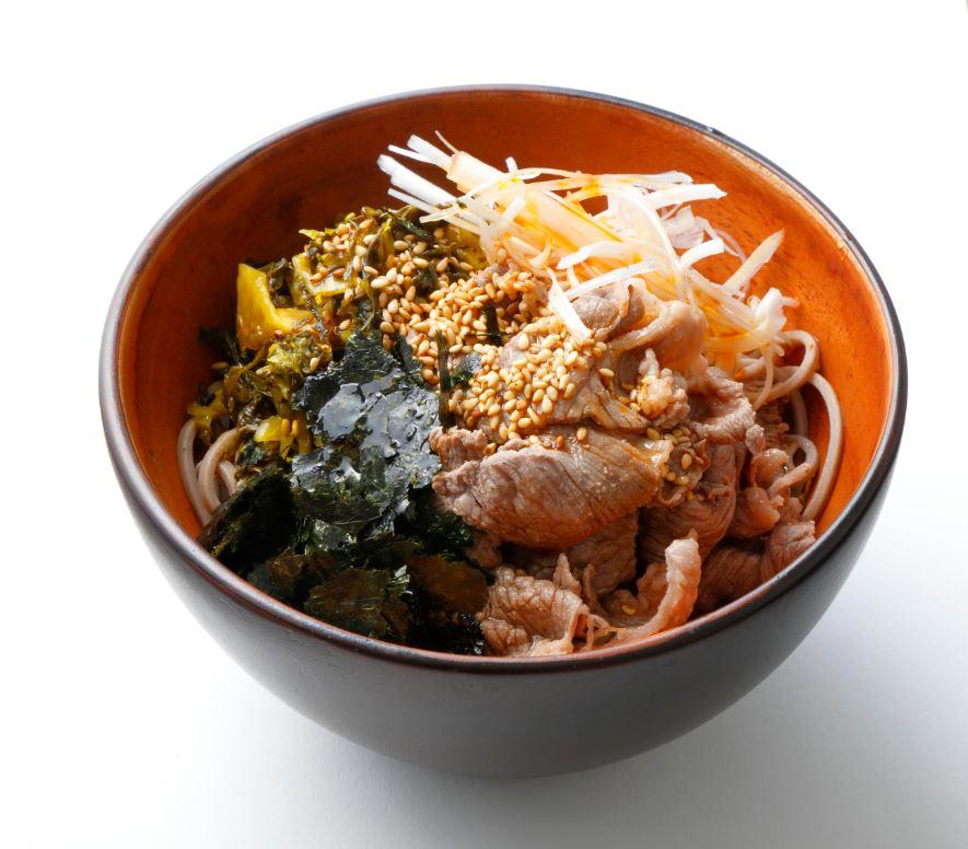 ピリ辛高菜とお肉の和えそば