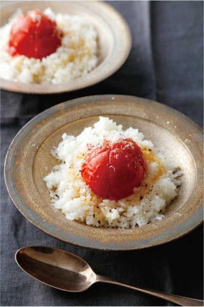 丸ごとトマトの炊き込みごはん