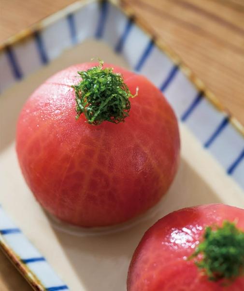 トマトの胡麻だれがけ