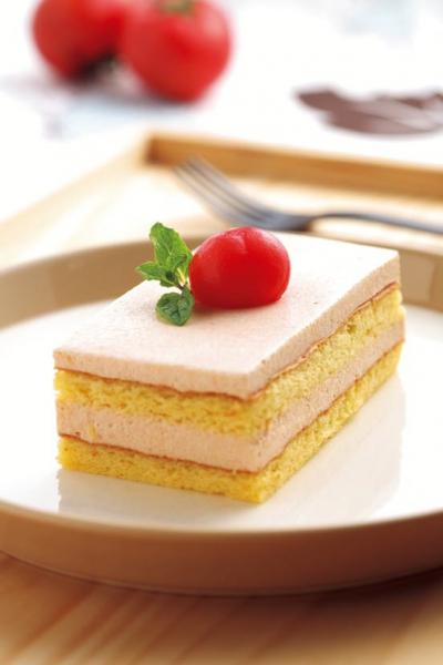 トマトのムースケーキ